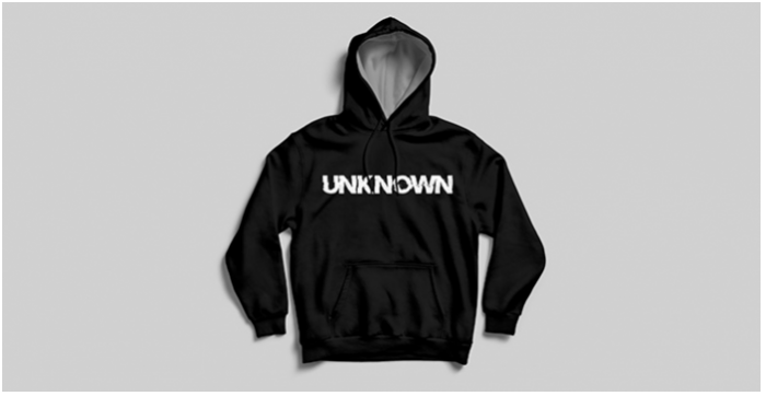 UNKNOWN // THE UNKNOWN ... a clothing brand so that young people and people know that they are not alone ! My thoughts, my support, my solidarity, my shoulder, I'm here !